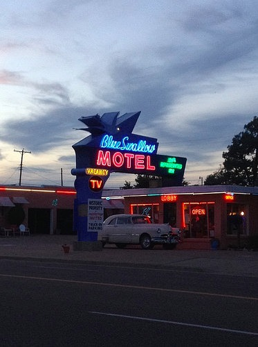 blue swallow motel route 66 budget guide