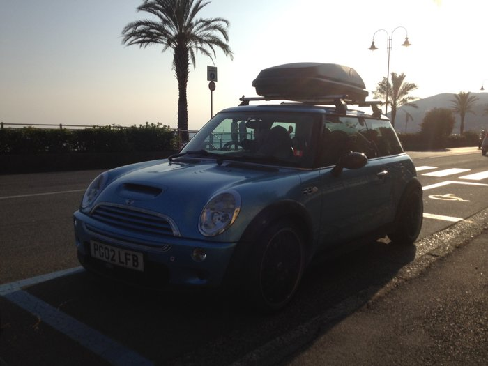 mini driving to italy from uk