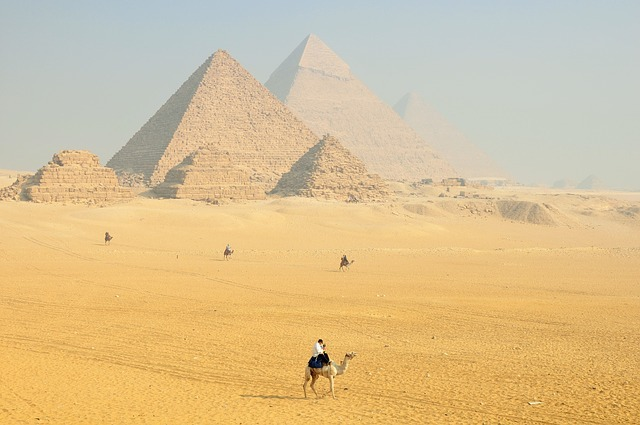 historical places - pyramids egypt