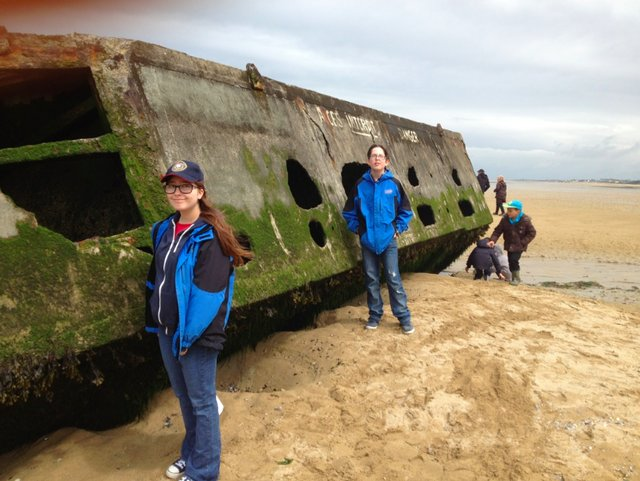arromanches beach and mulberry harbour