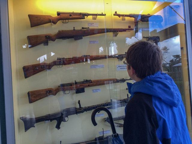 normandy museum guns