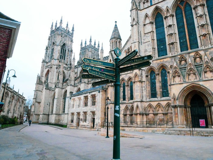 york minster and sign on a quiet morning of a York day trip