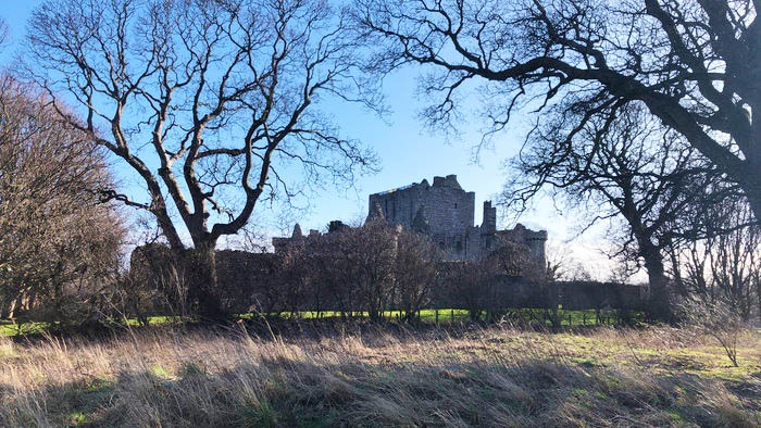 craigmillar castle in edinburgh scotland