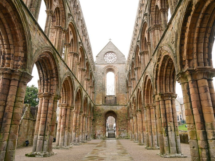 The Scottish Borders Abbeys – all you need to know to visit