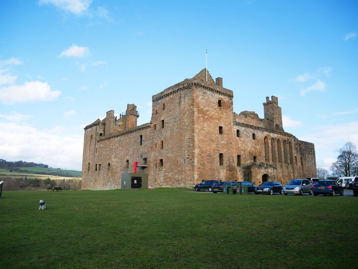 linlithgow palace near edinburgh